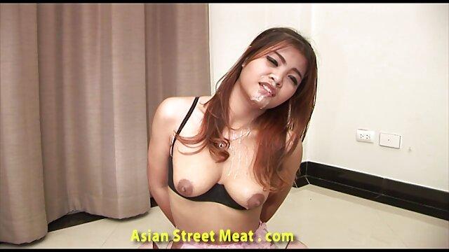 O tipo lambe o ânus doce da loira brasileirinha pornô vídeo
